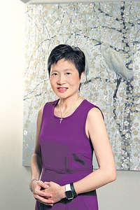 葉氏家族慈善機構主席馮葉儀皓透過公益投資,讓學生參與香港唯一一個社企實踐體驗活動,與社企直接對話。(受訪者提供圖片)