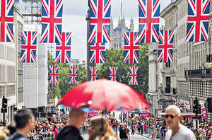 隨着英國脫歐公投結果塵埃落定,「聯合王國」已被不同的鴻溝所分裂,國內經濟情況或會進一步惡化。(法新社資料圖片)