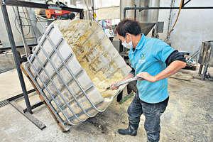古洞豆腐渣貓砂工場,梁培煇大嘆請人難:「目前全綫生產、包裝、銷售、宣傳團隊只有2個半人手。」(資料圖片)