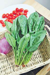 綠色葉菜感覺多纖維,但原來 200 克菠菜都只得 4.3 克纖維含量。