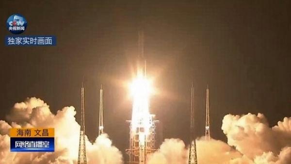 中國首枚大型運載火箭長征五號,今晚8時43分在中國文昌航天發射場升空。
