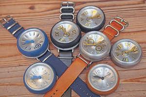 鋁罐製成的腕錶有多種款式,可配不同錶帶。(曾有為攝)