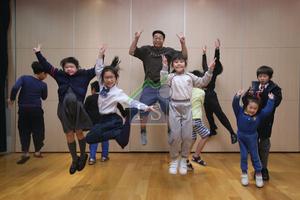 何遠東指,希望透過戲劇,讓小朋友學會獨立,有責任心及自信心。