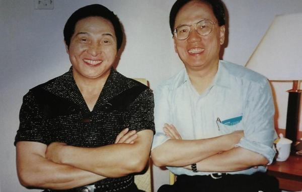 網傳王林與曾蔭權的合照。