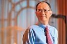 台灣水泥董事長辜成允,前晚在酒店樓梯摔倒送院,頭部受重創,延至今晨不治,終年62歲。