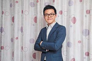 香港言語治療師協會執行委員區志漾表示,因為公立醫院言語治療師短缺,目前學童排期做評估需要半年,如學童未能及時治療,會影響發展及成長。(湯炳強攝)