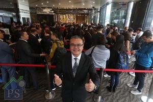 嘉匯兩輪銷售共沽383伙,佔項目總數900伙的42%。圖為嘉華國際總經理(香港地產)溫偉明。