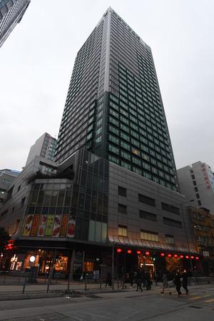 鄧成波以23億元購入觀塘麗東酒店,是本季工商舖市場的大額成交之一。