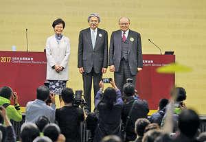 3位特首候選人(左至右)林鄭月娥、曾俊華及胡國興前日在選委舉辦的論壇上再次同場激辯,為進入直路的選戰作衝刺。(資料圖片)