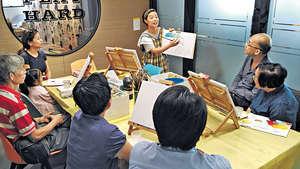 上有高堂舉行多種「子親活動」,希望子女珍惜跟父母一同去玩的時光。(受訪者提供圖片)