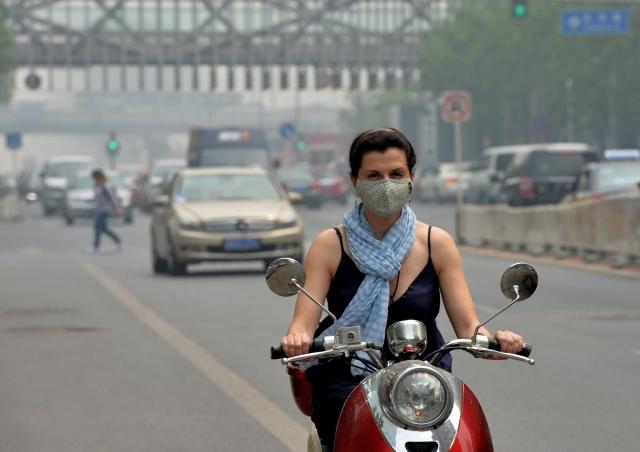 空氣污染加上生活成本不斷升高,愈來愈多外國人不再認為外派到中國工作是個美差