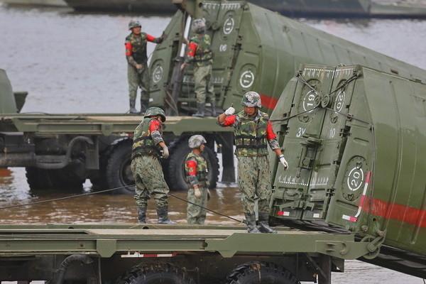 解放軍已做好準備,應對一旦北韓出現戰亂。(資料圖片)