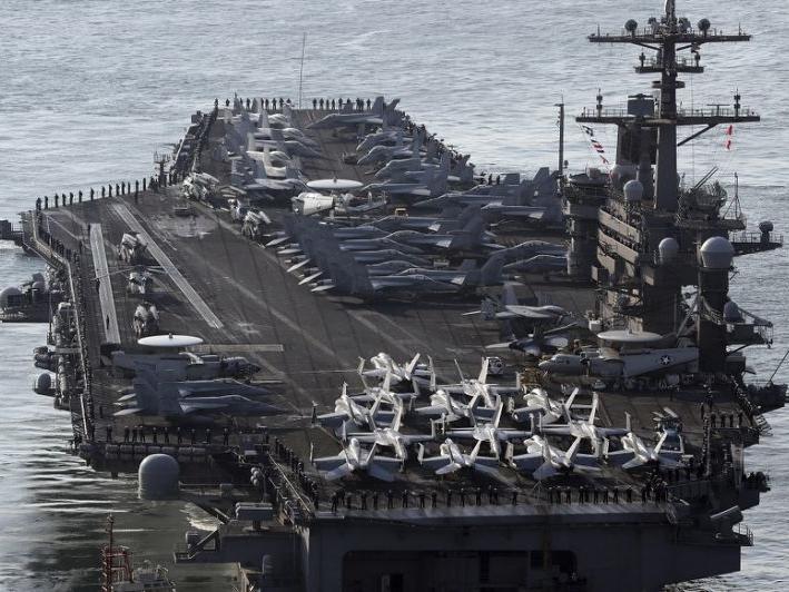 美軍核動力航母「卡爾文森」號戰鬥群要完成澳洲的軍演,才赴朝鮮半島水域。