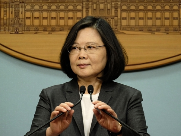 台灣民眾對蔡英文的滿意持續下降。