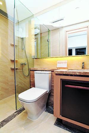 浴室採歐洲品牌潔具,且配備有浴室寶換氣。(本刊攝影組)