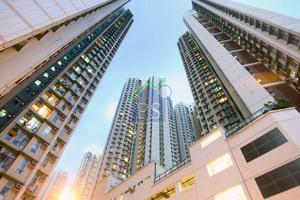 藍田鯉安苑中層650萬元易手,呎售高見1萬元。