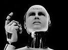 AI將如何改變世界,阿里巴巴創辦人馬雲預測,AI不僅會造成許多工作消失,恐怕還會引發第3次世界大戰。