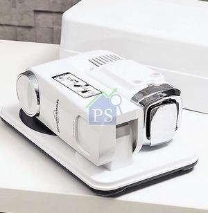 以為是個白色盒?不!打開才知它可化身成摺合式廚師機。