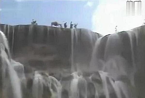 西遊記劇組曾到瀑布取景。