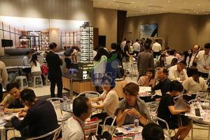 葵涌豐寓掀細價樓搶購潮,昨天截票累收4800張,代理指半數入票者為80後年輕人。