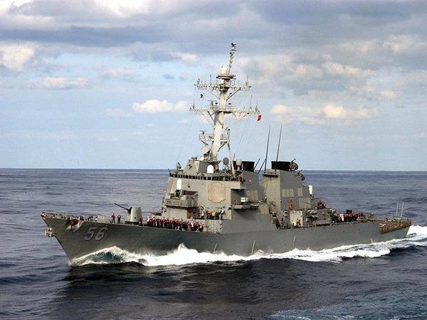 美軍麥凱恩號昨天進入南海美濟礁12海里,中國國防部認為此舉是挑釁行動。  對此,中國國防部發言人吳謙予以證實,指麥凱恩號昨天「擅自進入中國南沙群島有關