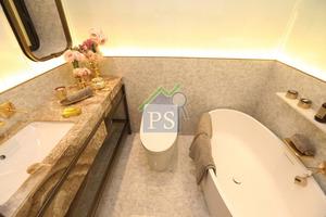 主人房內的浴室放置浴缸,供住戶閒時享受浸浴。