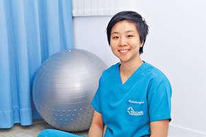 註冊物理治療師伍潔珩提醒,如肌肉較弱,保護膝關節的能力也會減低,膝關節便容易勞損。