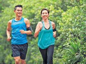 跑步是很好的運動,但王漢榮提醒,要學習及保持正確的跑姿,才不會令膝蓋損傷。(iStockphoto)