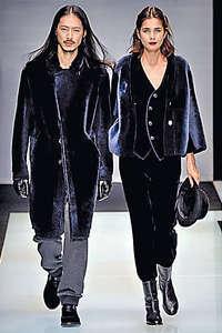前年另一香港男模劉志偉在 Giorgio Armani 和 Etro 時裝展出現,現在他主力在國內發展。