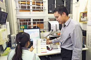 基層出身的楊晉瑋,較理解巴士車長及其他前綫同事的工作情況,故較易與他們溝通。(曾有為攝)