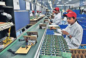 印度經過稍微調整後,經濟重拾強健步伐。國際貨幣基金組織預計印度明年GDP增長達百分之7.61,繼續冠絕十大經濟體。(資料圖片)