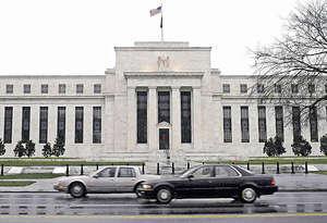 有評論認為,聯儲局提出了一項在2022至2023年度前也不能實現資產負債表正常化的策略,其運作時間之長,在今天這個泡沫化的市場上,是在自找麻煩。(新華社資料圖片)