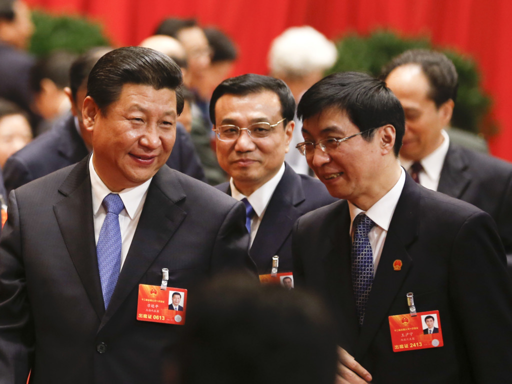中央政策研究室主任王滬寧(右)被視為習近平言聽計從的心腹,有分析認為,他可能在十九大上進入政治局常委。