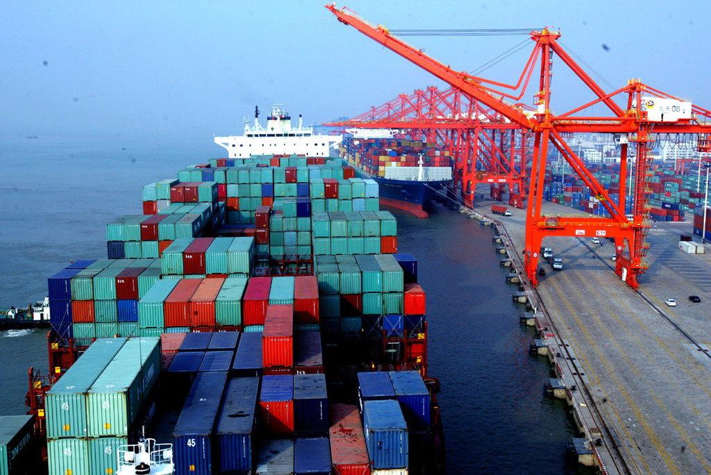 海關總署今天公布的數據顯示,內地9月進出口增速雙雙回升,但出口增速不及預期。