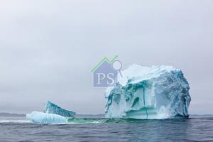 冰島設計師Brynjar Siguroarson從融掉的冰川擷取靈感,創作出冰川蠟燭。