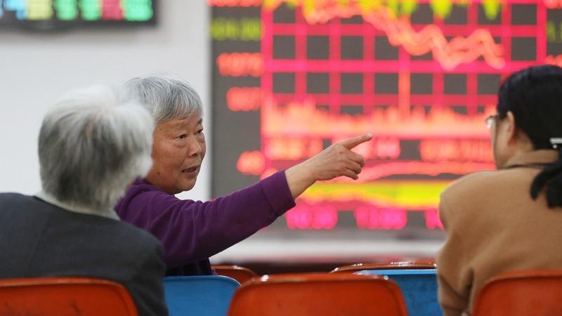 A股市場散戶多,易出現羊群效應。