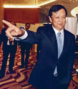 港交所行政總裁李小加指,中外資滙聚,港股更具活力。