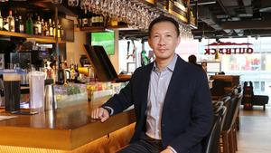 Outback Steakhouse大中華區總裁徐劍群(Joseph)指,每間分店的設計及營運策略,均按照該區環境進行優化。