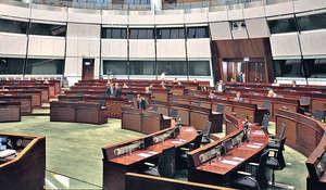 泛民提出修改議事規則,乃嚴重策略失誤,令他們喪失了道德高地。(資料圖片)