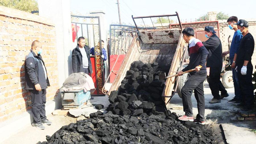 內地環保部近日向京津冀及周邊地區「2+26」 城市下發特急文件,煤改氣未完工地區可續沿用燃煤取暖。