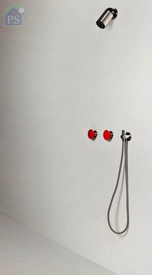 以Azimut配搭同樣出自GI-RA Studio手筆的Mayday混合式冷熱水掣(紅色),不乏視覺驚喜。