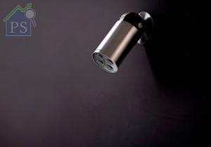 花灑頭可單一或組合式安裝在牆身,打造不一樣的淋浴體驗。