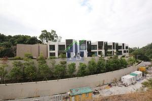屯門冠發街項目提供14幢洋房,仍待批滿意紙,期望明年上半年推售。