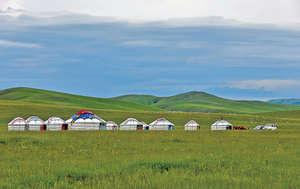 風景優美的香港東北小島,可效法內蒙古的蒙古包作為酒店設施,以推廣綠色旅遊。(新華社資料圖片)