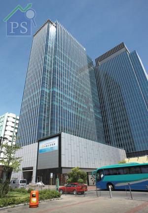 觀塘新落成商廈Two Harbour Square錄大手租務,涉及物業16樓半層、17及18樓全層。
