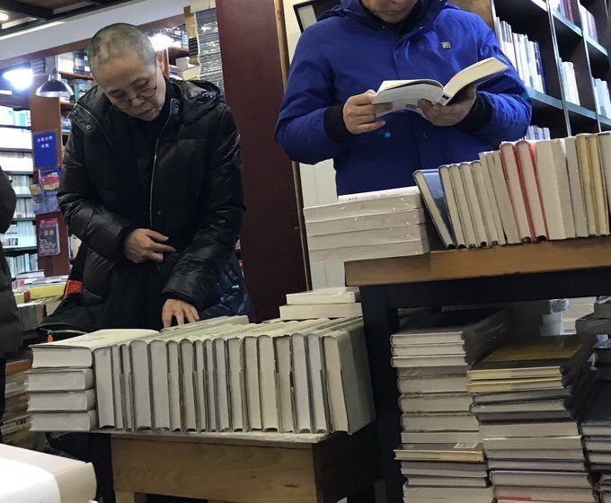 一張疑似已故諾貝爾和平獎得主劉曉波遺孀劉霞的近照,昨日在Twitter出現。