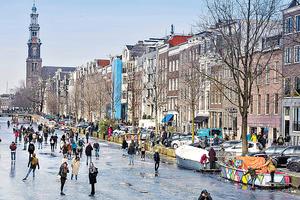 本港青年可在明年1月起參加荷蘭的工作假期,計劃每年提供100個名額。圖為荷蘭首都阿姆斯特丹。(法新社資料圖片)