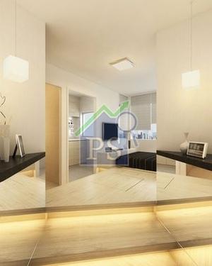 單位設高16吋地台,階間營造滲光效果。