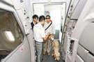 導盲犬體驗登機 為視障人士引路