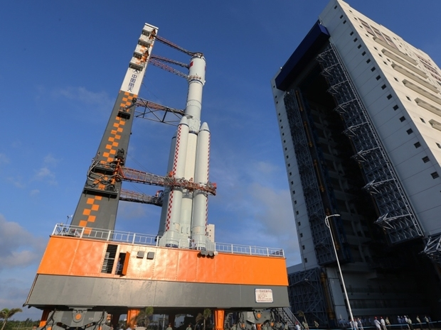 中國貨運太空船「天舟一號」升空,有外國媒體發表評論指,這意味中國航天事業進入淘金時代。